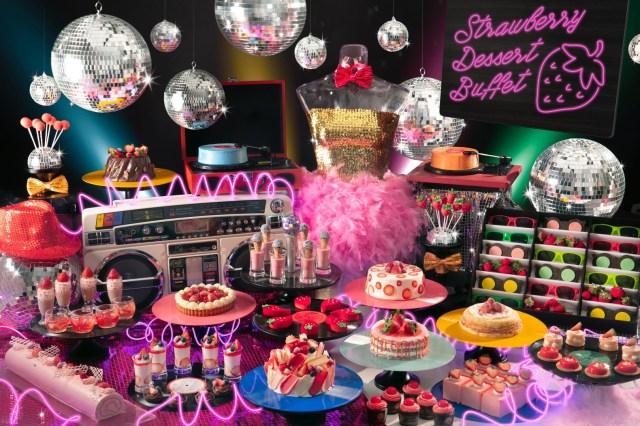 「ダサ可愛い」がテーマのデザートブッフェをヒルトン東京お台場で開催!! バブリーでカラフルな世界観が広がります★