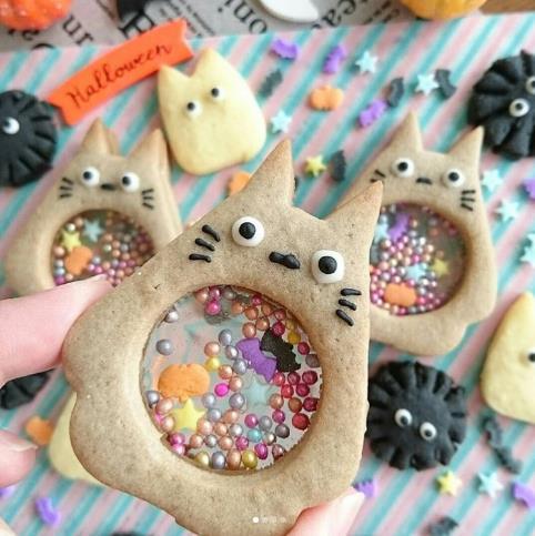 【マネしたい】トトロの「シャカシャカクッキー」がかわいすぎて悶絶! お腹の中にカラフルなアラザンが詰まっているよ