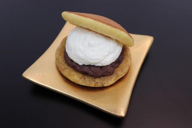 ファミマ × 榮太樓總本鋪のスプーンで食べる「生どら焼き」が本格的! あんこもクリームも黒蜜も超こだわってます