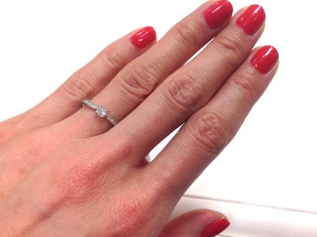 【#求婚の日】結婚したい募集条件は「貧乏でもOK」「17~25歳までの女性」など! 1月27日は日本初の求婚広告が出された日だよ
