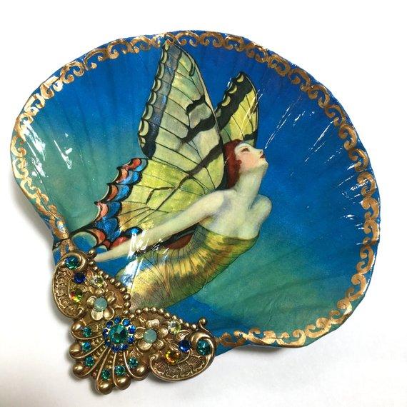 本物の貝殻をキラッキラの「ジュエリー・ディッシュ」に! 新作なのにヴィンテージっぽくて高級感たっぷりなんです