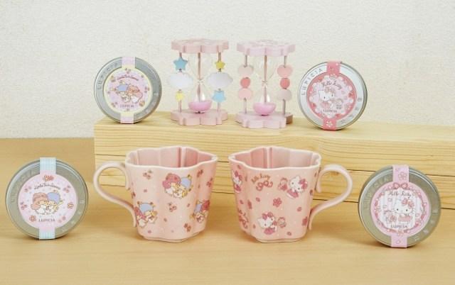 桜をモチーフにした「ルピシア×サンリオ」の紅茶セットに胸キュン♡ キティ&キキララの砂時計がかわいすぎるのです…!