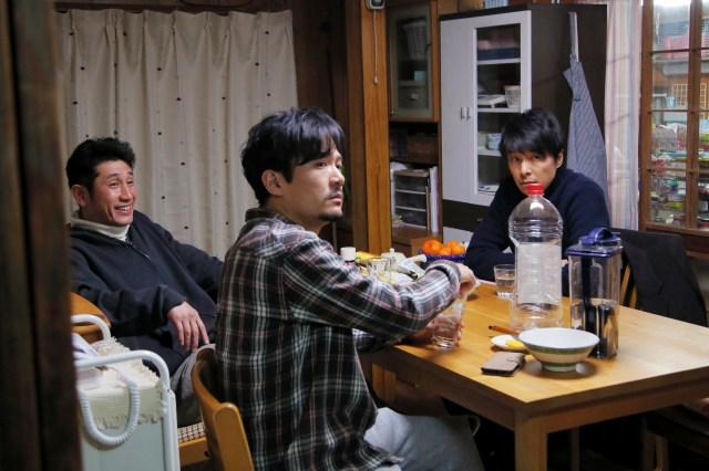 映画『半世界』で魅せた稲垣吾郎の圧倒的演技力! 備長炭職人の心の変化など繊細な演技力に泣かされます……