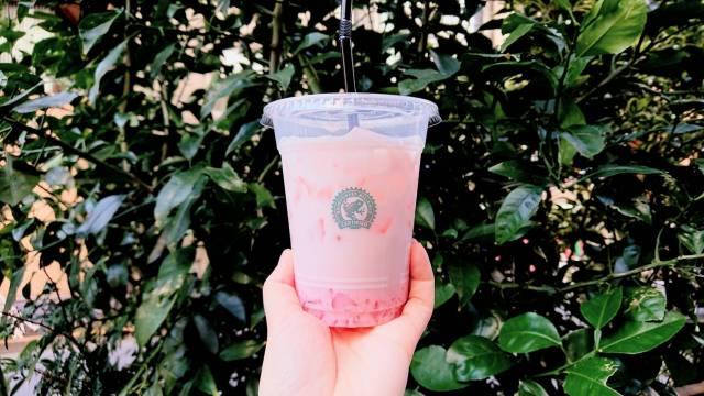 ローソン限定「桜ゼリーラテ」がスタバみたいな美味しさ! 可愛くて低カロリーな乙女の味方ドリンクです★