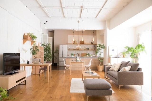 月々400円から好きな家具や家電をレンタルできるサービス「CLAS」が良さげ! オシャレアイテムからベビーカーまで借りることができるよ~