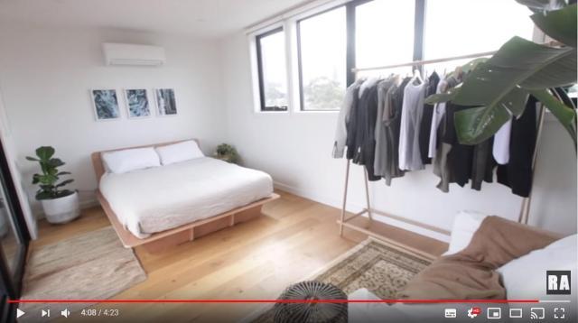 【新生活】参考にしたい! 海外ミニマリストの「お部屋ツアービデオ」には新居の計画や模様替えに役立つ知恵がいっぱい