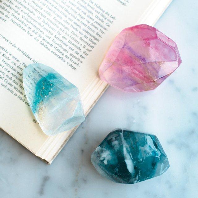 """まるで宝石みたいな石鹸が自分で作れちゃう! フェリシモの「手作り石けんキット」で """"お家DIY"""" を楽しもう♪"""