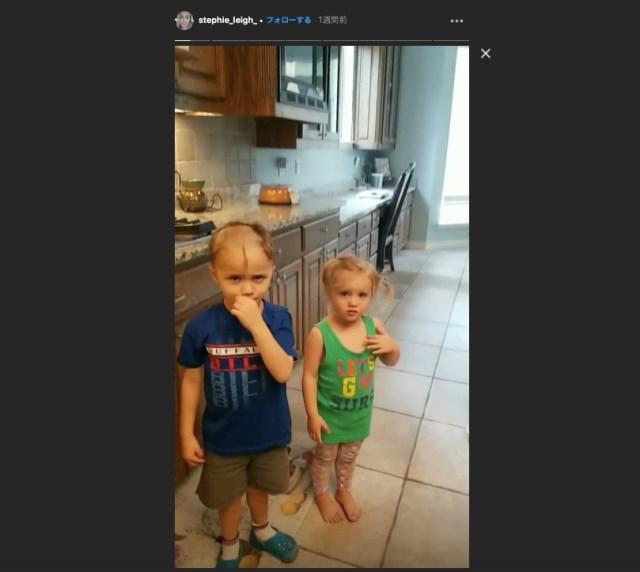 幼い3兄妹が電動カミソリで「床屋さんごっこ」をしちゃった! 豪快に刈り上げられた妹は「早くママに見せようよ」と気にしていない様子だけど…!