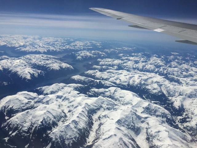【海外旅行】女性にオススメしたい機内の持ち込みアイテム7つ 〜アメリカ・カナダ編〜