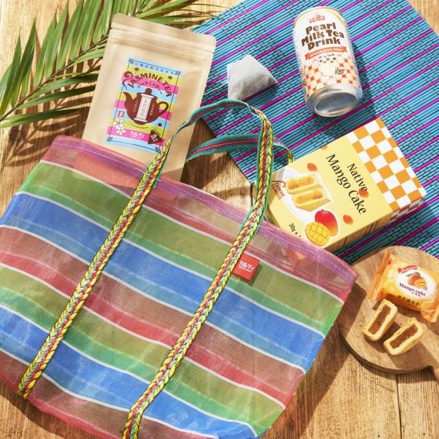 【カルディ】台湾旅した気分になれちゃう♪ 台湾直輸入のお菓子やグッズがセットになった「オリジナル台湾市場バッグ」が発売されますよ〜!