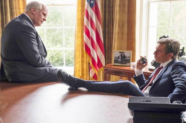 徹底取材して作られた映画『バイス』は政治の裏がみえる恐ろしい作品! ブッシュ大統領とアメリカ国民をコントロールされていきます…