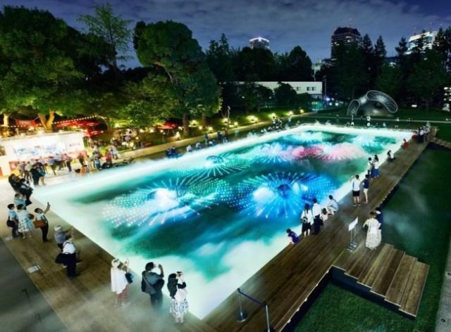 プールかな?と思いきや…なんと「デジタルアート庭園」! 東京ミッドタウンの夏イベントが涼しげで楽しそうです