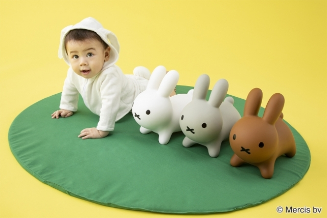 """""""野生のミッフィー"""" こと「ブルーナボンボン」のミニサイズが登場するよ~! 赤ちゃんが遊ぶのにちょうどいい大きさです"""