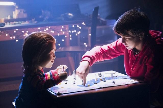 新『チャイルド・プレイ』はチャッキーがAI搭載の人形に…! 人間の影響で殺人ドールになる現代的なホラー映画です