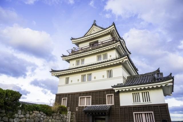 ニッポンのお城に泊まれるって画期的! 日本初の「城泊(キャッスルステイ)」が長崎・平戸城にオープンするよ~