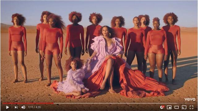 ビヨンセが愛娘と親子共演! 超実写版『ライオン・キング』劇中歌MVで神々しいツーショットを披露しています