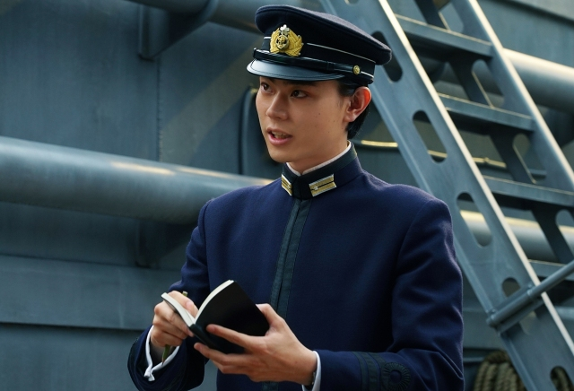 菅田将暉と田中泯の演技力が凄まじい…映画『アルキメデスの大戦』は残酷シーン無しの頭脳がメインの戦争映画です
