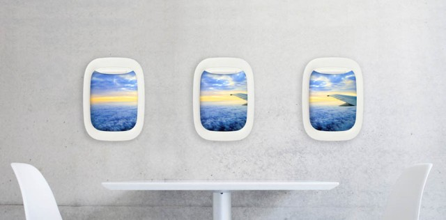 旅の風景写真がめっちゃ引き立つ「飛行機の窓フォトフレーム」! お部屋が飛行機のキャビンに早変わりしちゃいます♪