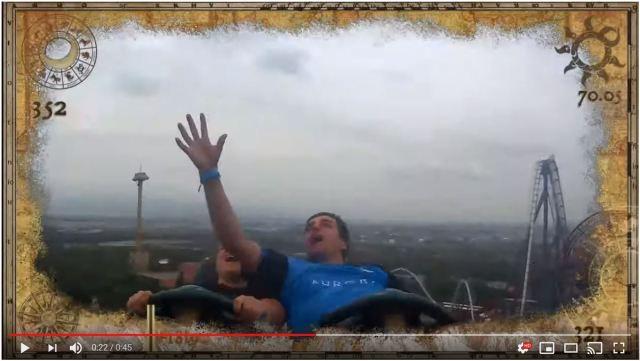 【奇跡】ジェットコースター乗車中に飛んできたスマホをキャッチ! 決定的瞬間をご覧ください