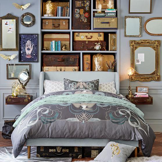 映画『ファンタスティック・ビースト』シリーズの家具が素敵! 作品の世界観を再現したアンティークなデザインです