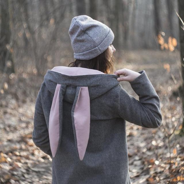 森の動物たちをモチーフにした海外作家の服や小物にほっこり♡ ウサギのコートはフードにお耳がついてて激カワです