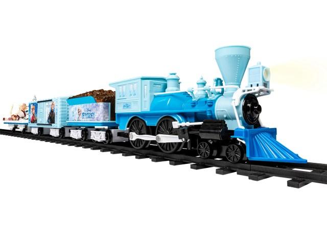 【さすがアメリカ】「アナ雪2」おもちゃに機関車!海外のアナ雪おもちゃを調べてみたら豪快なアイテムが多かった