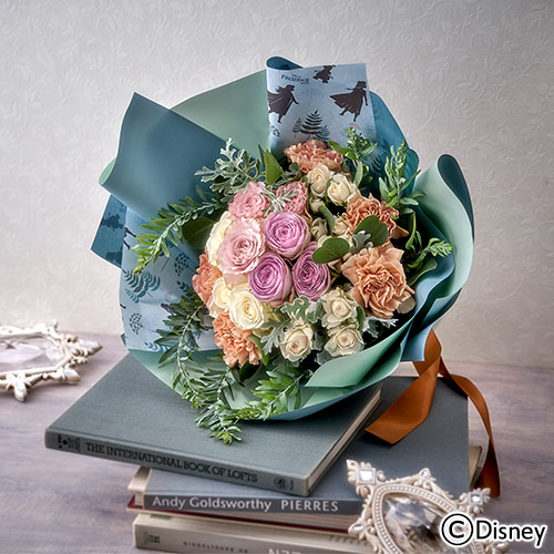 「アナ雪2」の世界観がブーケに! 優しい色合いが魅力的なフラワーアイテム4種類が日比谷花壇から登場しました