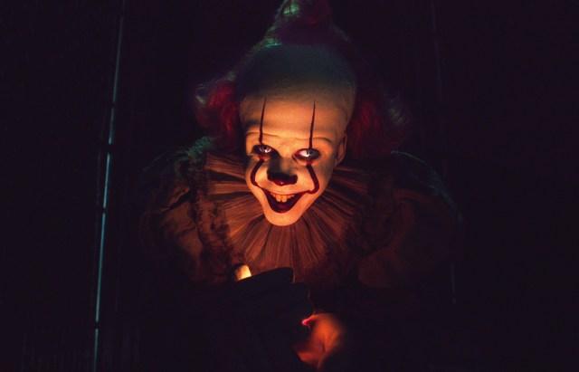 """【本音レビュー】映画『IT/イット THE END """"それ""""が見えたら、終わり。』はペニーワイズが怪獣化!? ホラー映画のはずが…!"""