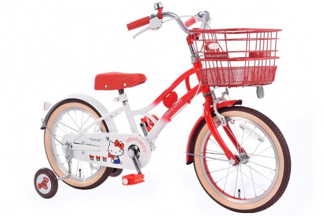 親子おそろいで乗れる「ハローキティ自転車」でお出かけがもっと楽しく! 子供用は赤、大人用はモノクロ配色なのがオシャレ♪