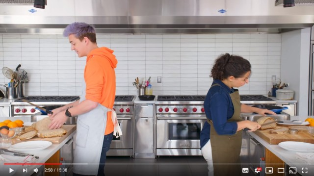 料理初心者がプロのシェフの「声」だけを頼りに料理を作ったら…!?