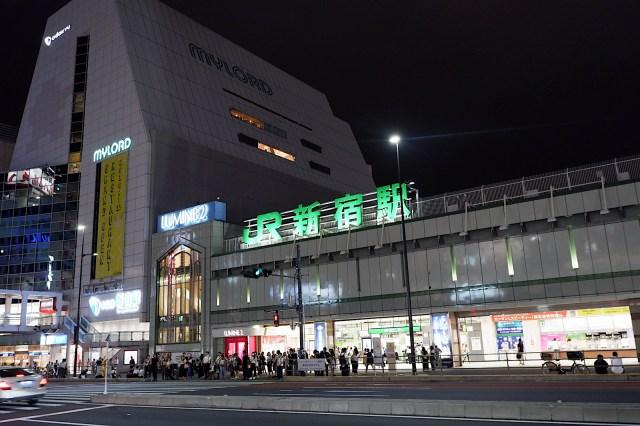 海外在住者のみんなに「日本に帰ったら行く場所」を聞いてみたら…意外な場所が人気! 100円ショップ、サウナなど