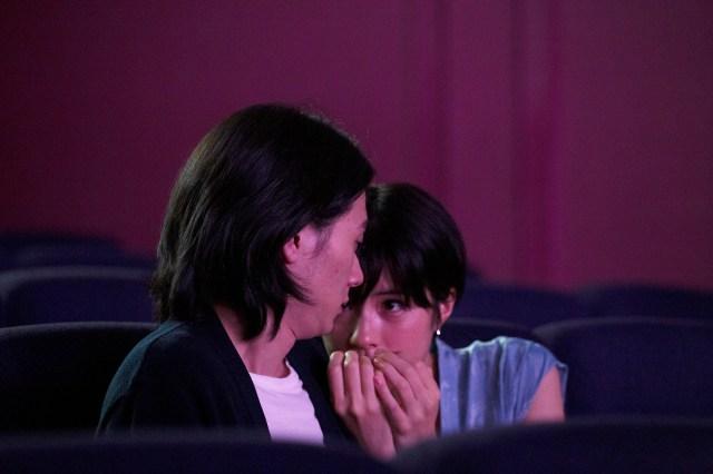 【本音レビュー】映画『隠れビッチやってました。』はラブコメではなくホラー映画 虐待されて育った主人公の心の葛藤が描かれています
