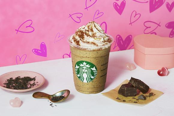 スタバ新作は「チョコレートwithミルクティーフラペチーノ」♪ 数種類の紅茶をブレンドしたコクのある味わい