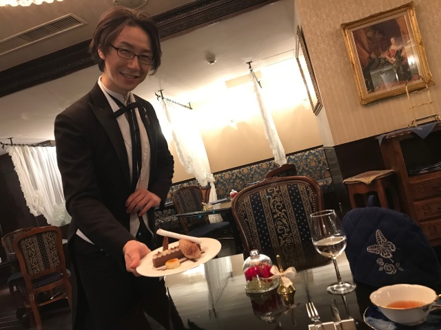 お嬢様になりきって、ひとり執事喫茶に行ってみたら…優雅なひとときを楽しめました
