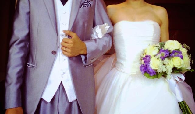 玉の輿に乗った女性に「結婚相手とはどこで出会った?」のアンケートが興味深い! 1位は「友人の紹介」でした
