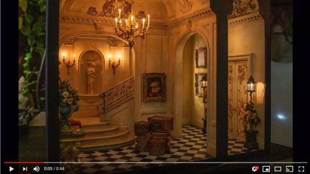 本物の家かと思いきや「ドールハウス」!? 20世紀初頭のレトロクラシックな内装が素敵~!