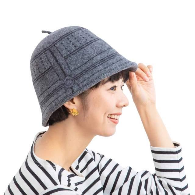 """温かさより """"ありがたさ"""" !? ベレー帽風にもかぶれる「釣り鐘」の帽子が可愛い"""