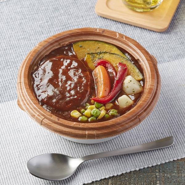 ファミリーマートにヴィーガンメニューの 「ベジバーグ丼」が登場! 肉の代わりに大豆ミートを使った東京都内限定メニューだよ