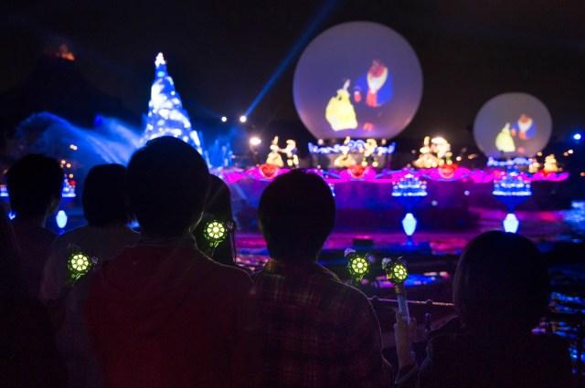 人気ショー「ファンタズミック!」と突然のお別れにファンもショック…東京ディズニーリゾートが4月上旬まで休園期間を延長に
