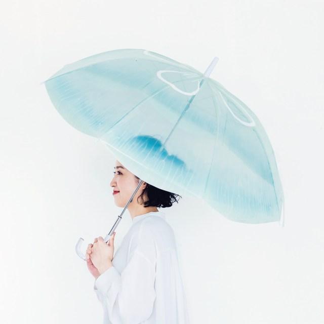 フェリシモの「クラゲの傘」が美しい…本物に忠実なのに「さりげないデザイン」に仕上がっています
