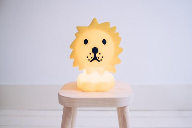 ミッフィーの照明シリーズに「ライオン」が仲間入り! 丸洗いできるシリコン素材で子どもがいるお家でも安心して使えます