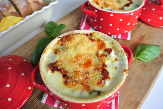 英国王室公式レシピ☆ チャールズ皇太子のお気に入り「チーズたっぷりベイクド・エッグ」を作ってみよう