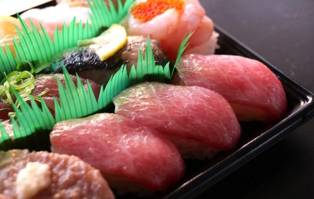 かっぱ寿司の180円「本鮪 大とろ」がいろんな意味でスゴかった! テイクアウトするのがおすすめだよ