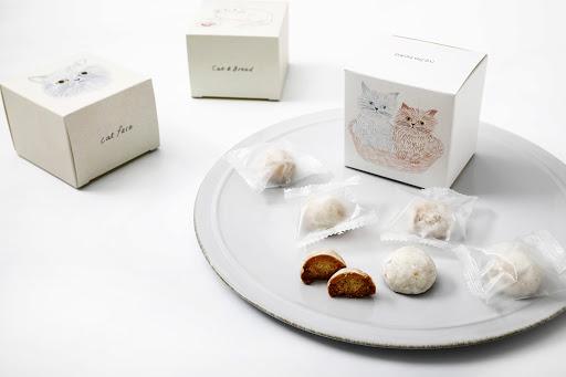 かわいいイラストと優しい味わいに癒やされる「ねこねこクッキー」が誕生! 猫デザインのパッケージは全部で9種類だよ