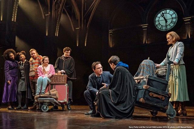 世界中で話題の舞台『ハリー・ポッターと呪いの子』の日本公演が決定〜!その後の世界を描いたシリーズ8作目の完全続編です