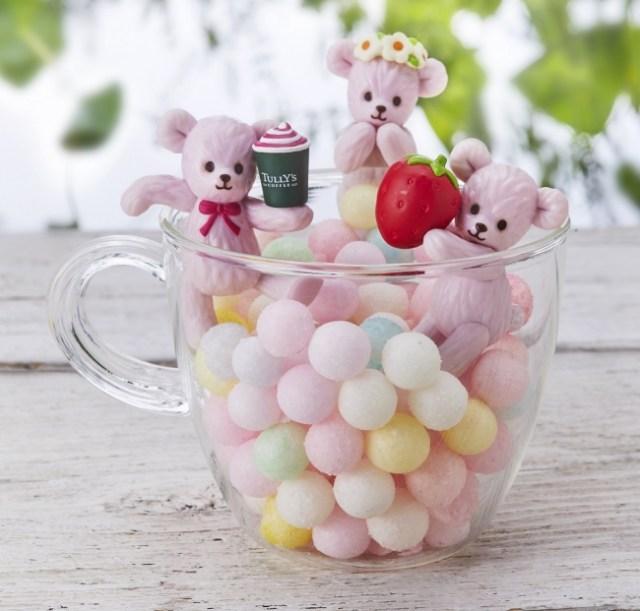 タリーズの「ふちベアフル」が人気に応えて復活♡ ピンクのクマちゃん3種類をカップのふちに飾って遊べるよ