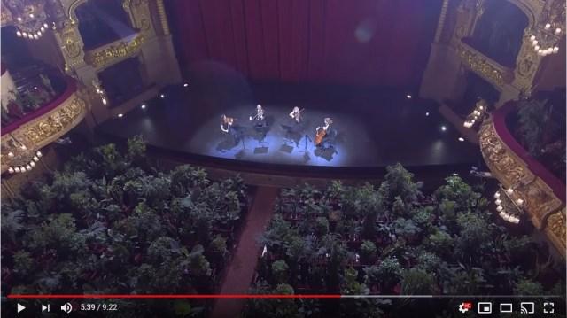 コンサートの観客は「植物」!? スペイン・バルセロナで行われた前代未聞のコンサートに目が釘付けです