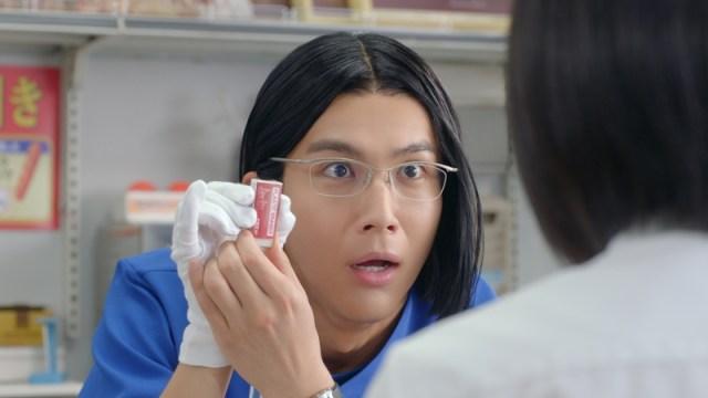 神木隆之介&中川大志出演のauCMはコンビニが舞台! アクが強すぎる2人がバイトを始めたら…