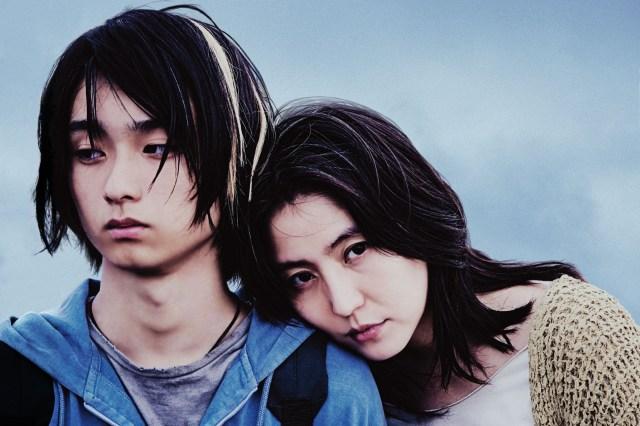 【本音レビュー】長澤まさみが毒母を熱演する映画『MOTHER マザー』に圧倒される…! 息子だけではなく映画も支配しています