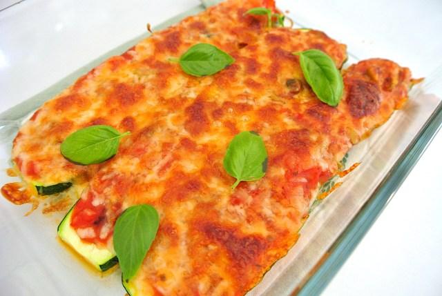 【簡単レシピ】ダイエット中でもピザが食べたいならズッキーニで作るべし!ジューシーな美味しさなのに罪悪感ゼロです★